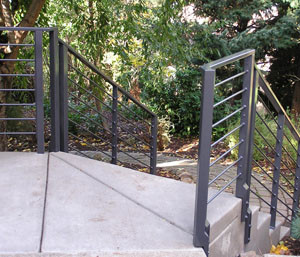 Metal Round Stock Deck and Stairs Railings